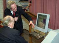 Internetzuil voor ouderen in Hoogeloon